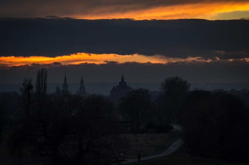 Dresden, Winterabend, 1/125 s, 100 mm, f/2.8, ISO 125